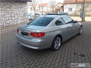 Bmw Seria 3 330 - imagine 3