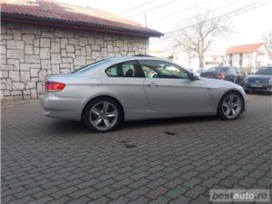 Bmw Seria 3 330 - imagine 5