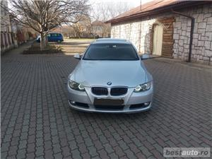 Bmw Seria 3 330 - imagine 7