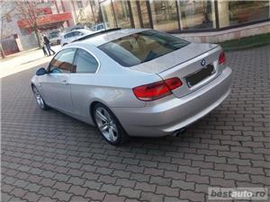 Bmw Seria 3 330 - imagine 4
