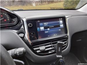 Peugeot 208  - imagine 7