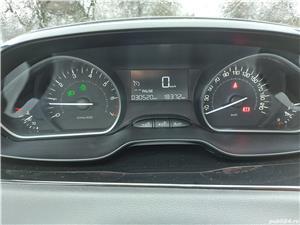Peugeot 208  - imagine 5