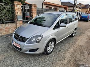 """Opel Zafira 1.7 CDTI, 2012, 7 locuri, Euro5 Opel Zafira 1.7 CDTI, 2012, 7 locuri, Euro5 2012 , se pot verifica accidentele și km mașinii (apăsând butonul """"Verifică""""), cutie de viteză Manuala, Euro 5. Oferit de Persoana fizica."""