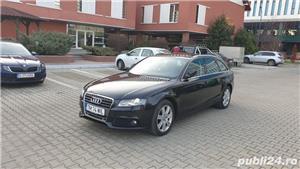 """Audi A4 B8 Audi A4 B8 2012 , se pot verifica accidentele și km mașinii (apăsând butonul """"Verifică""""), cutie de viteză Automata, Euro 5. Oferit de Persoana fizica."""