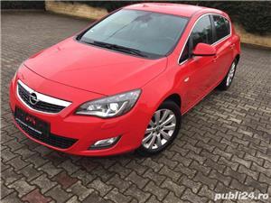 Opel Astra J - imagine 2