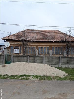 Vind casă batrineasca  - imagine 1