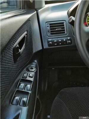 Hyundai Tucson Comfort + 4x4 2.0 CRDI Climatronic Tempomat Incz Scaune Jante 16 Carlig de remorcare  - imagine 8