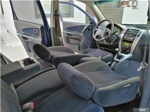 Hyundai Tucson Comfort + 4x4 2.0 CRDI Climatronic Tempomat Incz Scaune Jante 16 Carlig de remorcare  - imagine 6