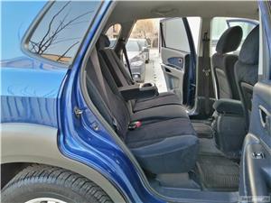 Hyundai Tucson Comfort + 4x4 2.0 CRDI Climatronic Tempomat Incz Scaune Jante 16 Carlig de remorcare  - imagine 10