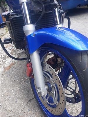 Honda Hornet 600 cc / an 2000 - imagine 5