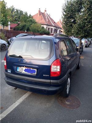 Opel Zafira A Vand Opel Zafira A Diesel - 7 locuri . Masina este in stare de functionare buna (motorul este foarte bun) insa necesita lucrari de intretinere la