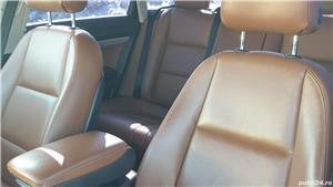 Audi A6 bERLINA -PIELE -CUTIE AUTOMATA -UNIC PROPIETAR Audi A6 -2011 Culoare Albastru .<br><br>Masina a fost cumparata Germania - Unic propietar in anul 2015 138 000 km  - Unic propietar Romania.<br>Unic