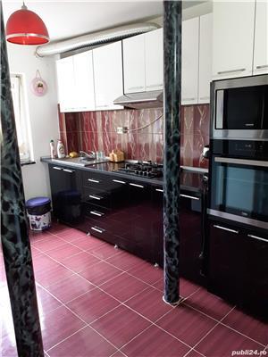 Închiriez apartament 3 camere  - imagine 8